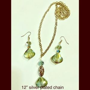 Jewelry - 3 piece necklace and earring set